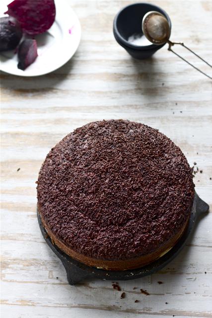 Torta al cioccolato e barbabietole rosse