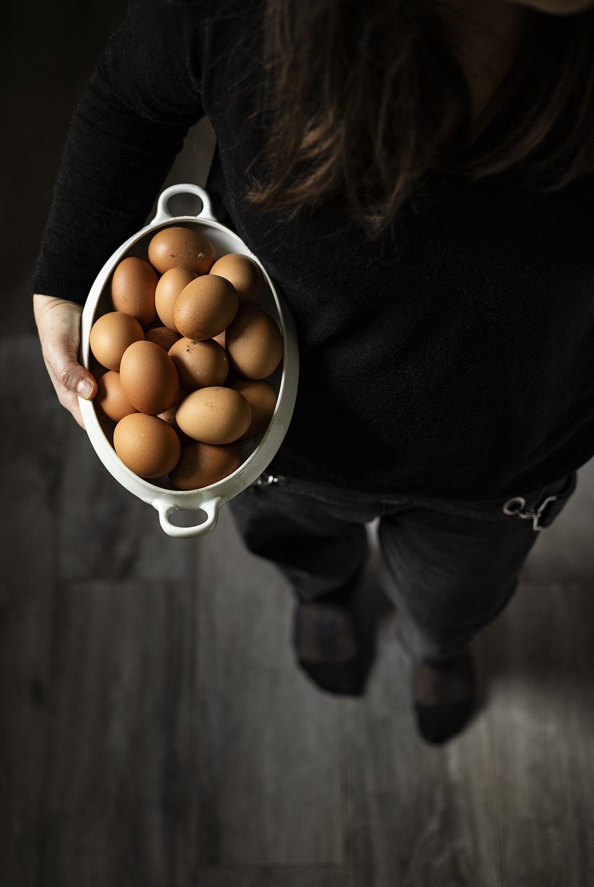 Autoritratto con uova