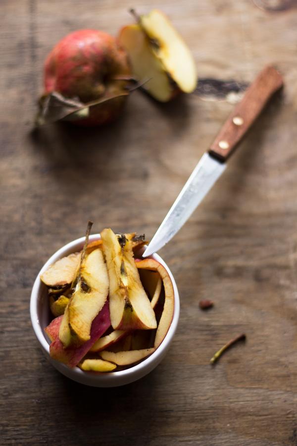 Sfogliatine di mele e mandorle