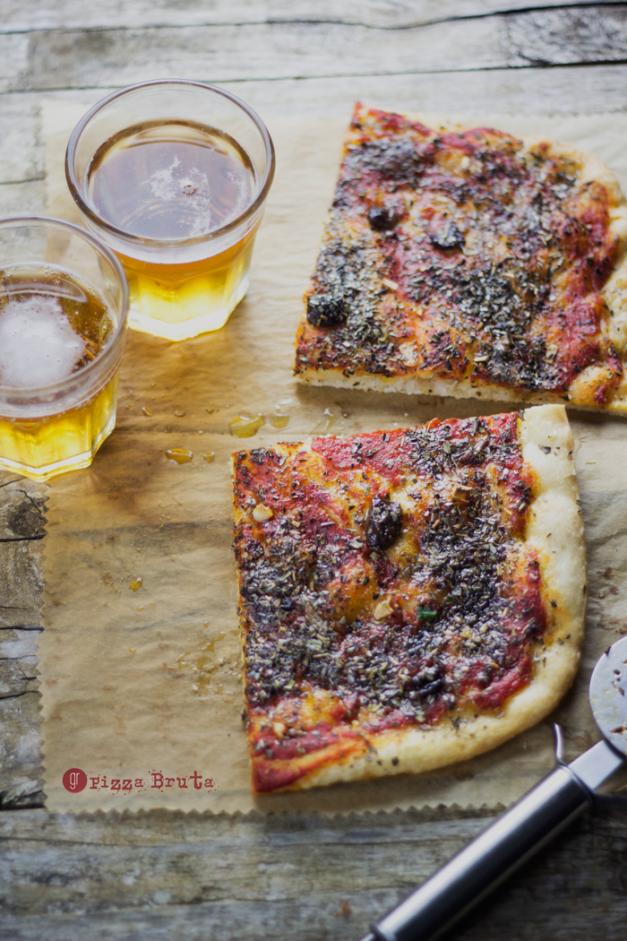 Lo stato sociale della pizza bruta